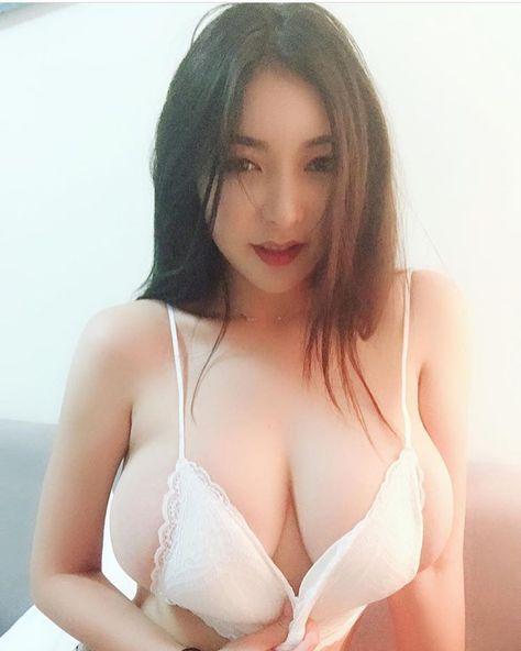Asian Teen Sucking Dick