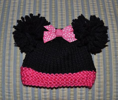 Minnie Mouse Hat for sizes Micro Preemie through Newborn. Step by step directions and photos--free knit pattern