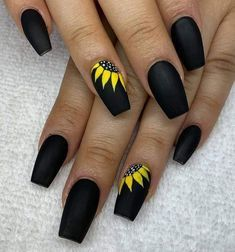 Sunflower Nail In 2020 Sunflower Nails Summer Acrylic Nails Cute Acrylic Nails