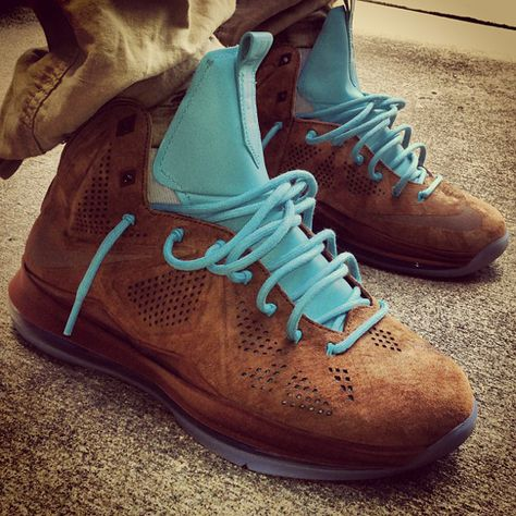 c3a6ece04333 celebrity sneaker watch stalley unboxes new nike lebron x brown suede  hazelnut