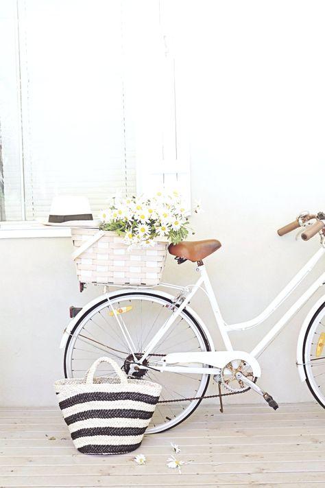 bikes, baskets, daisies and hats