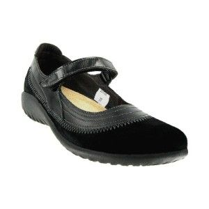 Naot Kirei Shoes for Women one of the Best Shoes for Traveling in Europe. They offer wide toe box for bunions. They come with removable footbed fou2026  sc 1 st  Pinterest & Naot Kirei Shoes for Women one of the Best Shoes for Traveling in ... Aboutintivar.Com