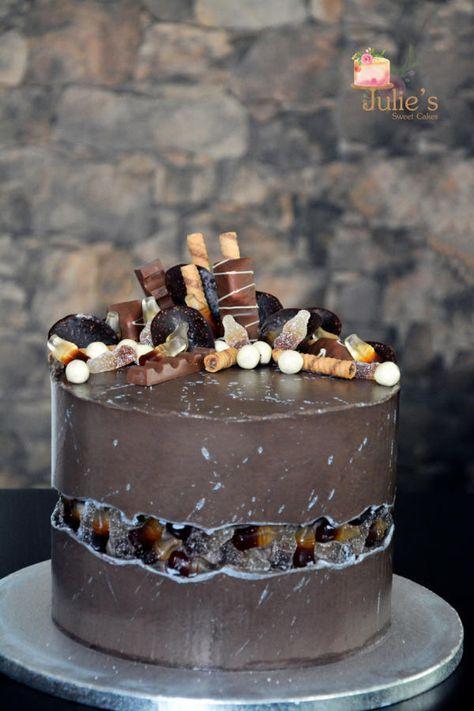 Boy's birthday cake - cake by Julie's Sweet Cakes