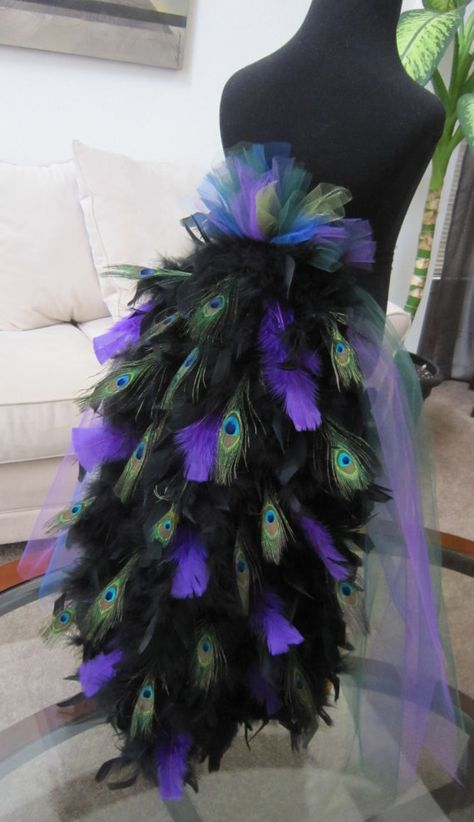 Peacock costume... Best one I've seen! DANNA!!!! LOOK!!!! if you havnt made already!