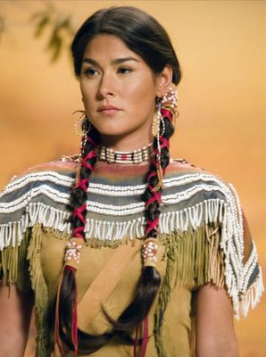 Sacagawea - (Night at the Museum) Image Inspiration. - Ideas for Sacagawea. Native American Girls, Native American Beauty, American Indian Art, Native American History, American Indians, Native American Hairstyles, American Indian Costume, Native American Costumes, Native American Clothing
