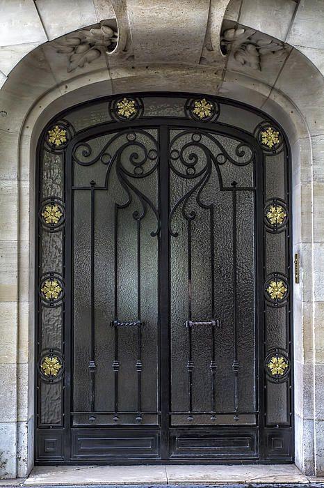 Turn The Door Of Your Store Unique With Our Ideas See More On Pullcast Eu Luxurystoredoors Hardwar In 2020 Paris Door Door Gate Design Fiberglass Double Entry Doors