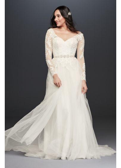 Long Sleeve Wedding Dress With Low Back David S Bridal Davids Bridal Wedding Dresses Wedding Dress Sleeves V Neck Wedding Dress