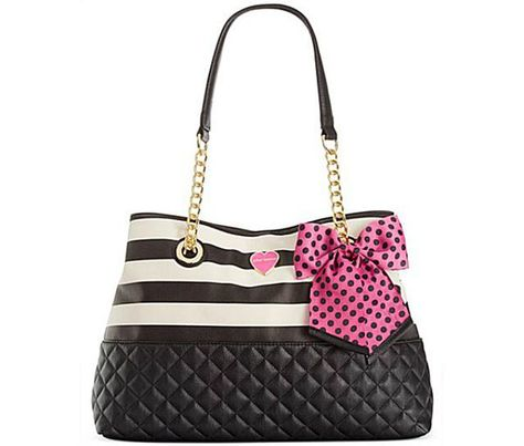 a7f7691a4888 The Top 5 Handbag Designers for Teens  Betsey Johnson