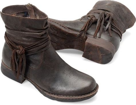 Born Womens Cross Castagno-I want these boots SO bad! Apparently BORN shoes are the most comfortable..Why can't they ship to Canada!? :(
