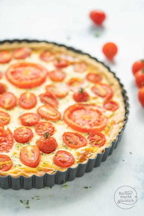 Tolles Rezept für eine einfache Tomaten-Quiche. Diese Tomaten-Ziegenkäse-Quiche ist perfekt für Partys, zum Brunch, Picknick oder Abendessen. Die Sommer Quiche ist gut vorzubereiten, einfach gebacken und absolut köstlich!  #tomatenquiche #tomatentarte #sommer #brunch #backenmachtglücklich