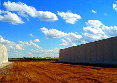 Bunker Walls In 2020 Farm Auctions Silos Precast Concrete