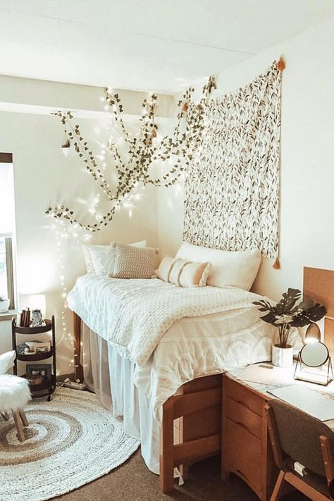 26 Best Dorm Room Ideas That Will Transform Your Room By Sophia Lee College Dorm Rooms Dorm Ideas Lee Room Sophia Transform College Bedroom Decor, Boho Dorm Room, Cool Dorm Rooms, Room Ideas Bedroom, Dorms Decor, Lights In Dorm Room, Wood Room Ideas, Dorm Room Beds, College Bedrooms