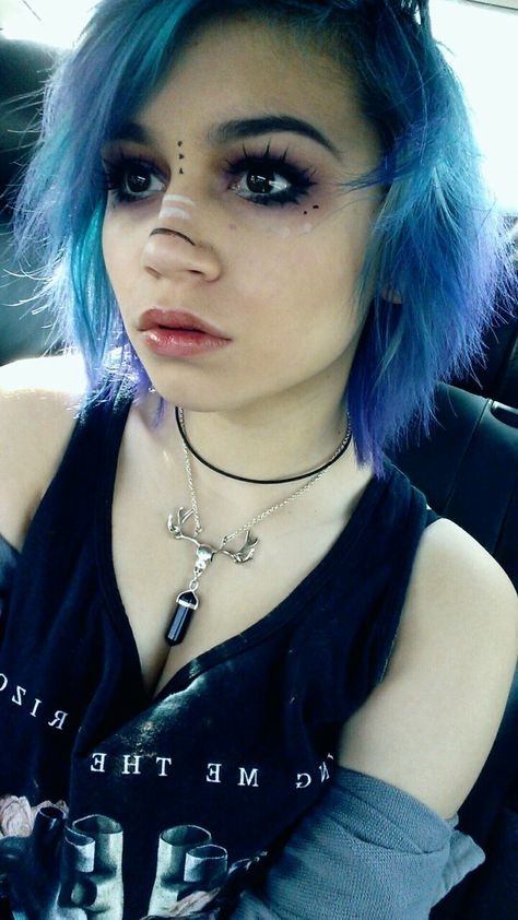 45 Brand New Scene Haircuts for Crazy, Cool & Vibrant Looks - Part 17 Scene Makeup, Emo Makeup, Eye Makeup Tips, Hair Makeup, Pastel Goth Makeup, Beauty Make-up, Hair Beauty, Scene Haircuts, Alternative Makeup