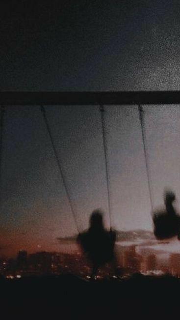 Playing Sky Aesthetic Night Aesthetic Black Aesthetic Wallpaper ✨ obras de van gogh y frases de spinetta wallpapers. night aesthetic black aesthetic wallpaper