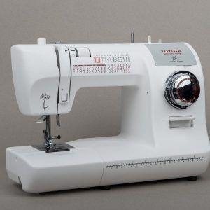 Idea By Sivalni Stroji On Veritas Nosilna Torba Sewing Machine Toyota Sewing