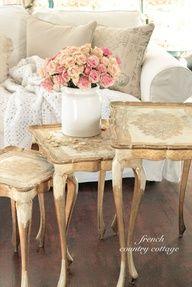 Romantic Vintage Florentine Tables