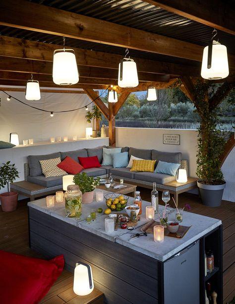 Des Lampes De Jardin Suspendues Sous La Pergola Progetti
