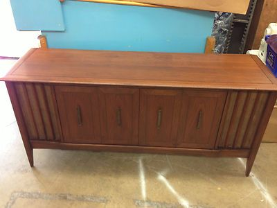 Vintage wurlitzer 499-ow solid state stereo record player cabinet ...