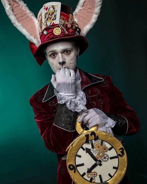 Photo of Alice im Wunderland Hase Kostüm selber machen | maskerix.de