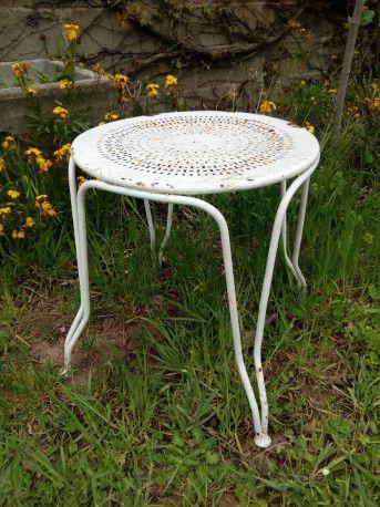 Table de jardin en fer ancienne | Jardin Vintage | Table de jardin ...