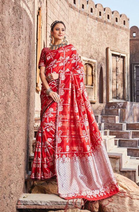 Indian Traditional Saree Sari Lichi Silk Weaving and Jari Work in Black Color SS