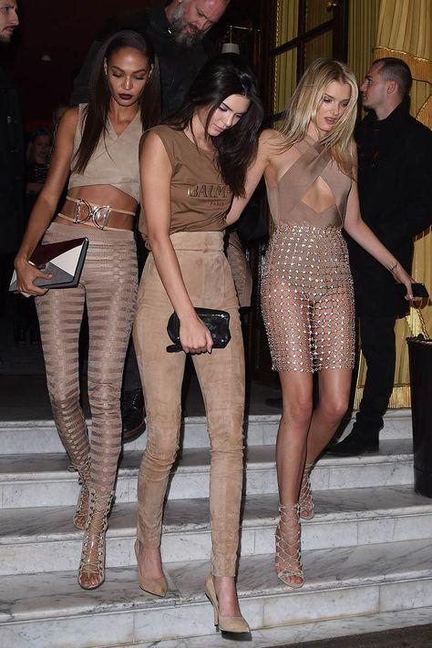 Top looks. La #BalmainArmy toma París: Vogue España waysify