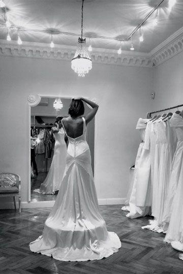 Bodasconestilo Novias Atelier Mate Brillo Parederoquiros The Dress Pinterest Wedding Season And Weddings