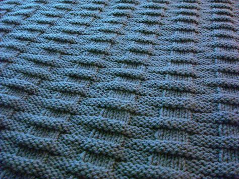 Knitionary: easy and free: simply beautiful baby blankets to knit