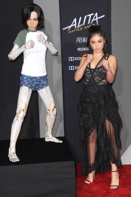 سيرة روزا سالازار Fashion Dresses Celebrities