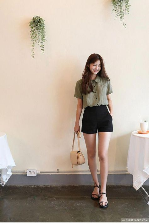 Long-sleeved shirt made of checkered cotton in Korean style, #aus #Cotton