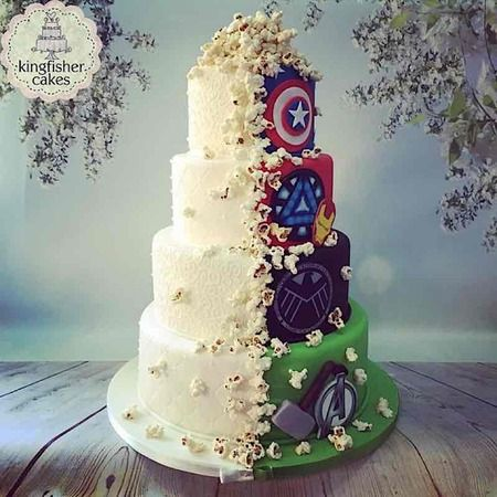 Cake Wrecks - Home - Sunday Sweets: Half And Half, mi queque de boda Superhero Wedding Cake, Avengers Wedding, Marvel Wedding Theme, Fall Wedding Cakes, Wedding Cakes With Cupcakes, Wedding Ideas, Trendy Wedding, Geek Wedding Cakes, Disney Wedding Cakes