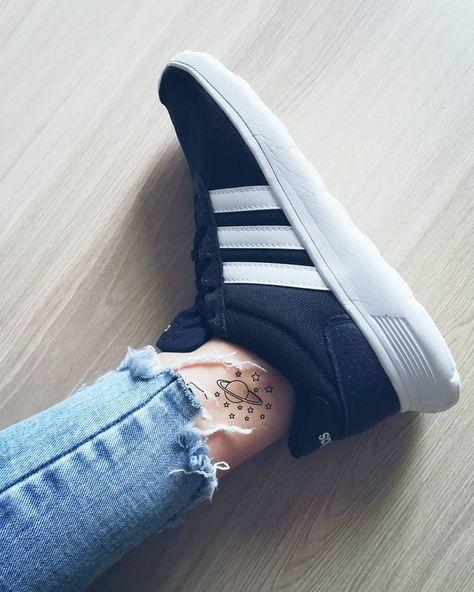Zjednoczone Królestwo buty do separacji sprzedawane na całym świecie Pin on Blue aesthetics