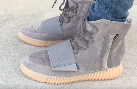 a128542044f Yeezy 750 Boost Light Grey Video Review. Here is a detailed on-feet ...