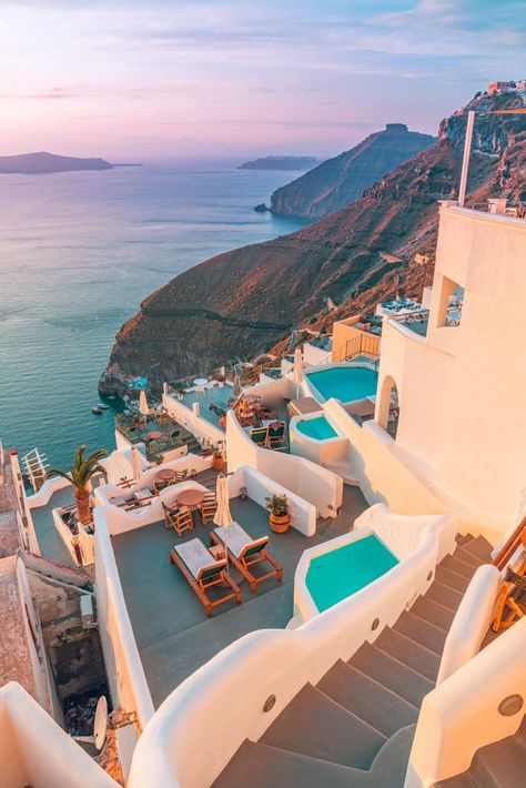 20 Amazing Hotels You Must Visit