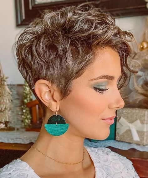 Ombre Curly Pixie Cuts with Bangs 2020 - 2021 Curly Pixie Cuts, Short Curly Hairstyles For Women, Pixie Haircut For Thick Hair, Haircuts For Wavy Hair, Short Wavy Hair, Curly Hair Styles, Pixie Cut With Bangs, Short Thick Wavy Haircuts, Summer Short Hair