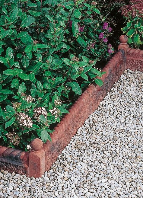 Pin by Sandi S on Garden Edging Ideas Garden border