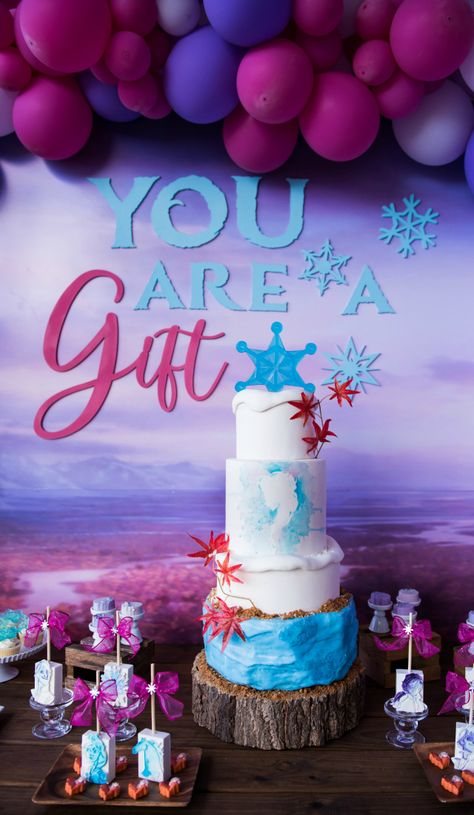 This Frozen 2 Birthday Party features party supplies, decorations, favors, cupcakes, cookies and a birthday cake inspired by the Frozen 2 movie. Slumber Party Birthday, Frozen Themed Birthday Party, 22nd Birthday, Diy Birthday, Birthday Party Themes, Birthday Cakes, Frozen Birthday Invitations, Sweet 16 Invitations, Invitation Cards