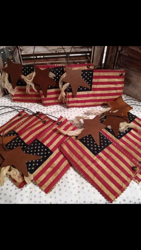 AMERICAN FLAG on a stick Primitive Patriotic AMERICANA fabric country JULY 4th