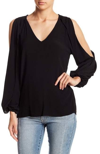 8c24a9f7c Very J Slit Sleeve Solid Top #cold#wash#Machine | hand made | Tops, Tunic  tops, Nordstrom rack