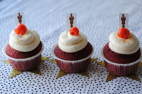 Red carpet cupcakes for the Oscars