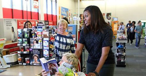 The daytime talk show host and first lady visited a local store where hilarity…