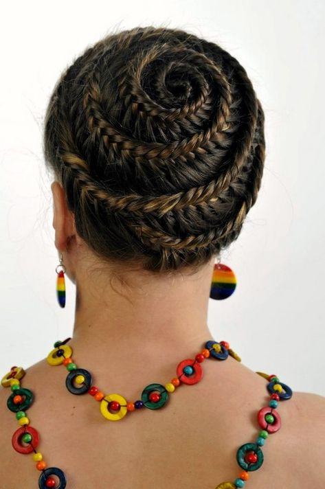 trendy und immer aktuelle frisuren mit zöpfen