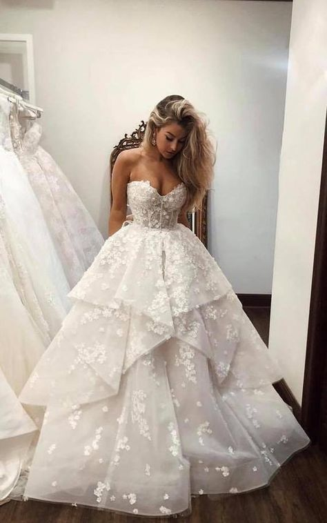 Wedding Dress Black, Wedding Dresses With Flowers, Flower Dresses, Dream Wedding Dresses, Ball Dresses, Bridal Dresses, Ivory Wedding, Strapless Wedding Dresses, Unique Wedding Dress