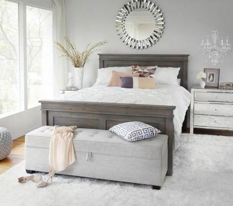 Jolie Chambre A Coucher Avec Bout De Lit Ikea Gris Tapis Blanc Lit