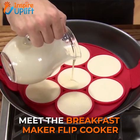 Breakfast Maker Flip Cooker 😍  Great for cooking eggs, omelets, hash browns and so much more! The Flip Cooker is dishwasher safe.  Currently 50% OFF with FREE Shipping!