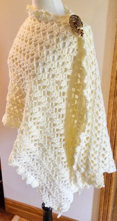 EASY CROCHET with ANY WEIGHT of YARN LACE TRIANGLE SHAWL  by LILY CHIN