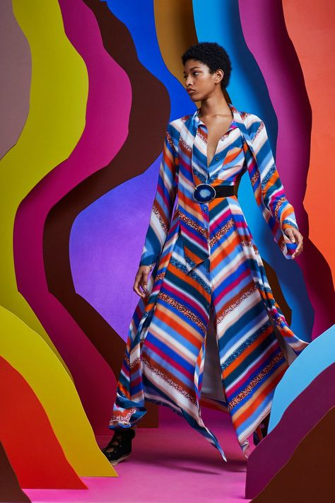Altuzarra Resort 2020 collection, runway looks, beauty, models, and reviews.