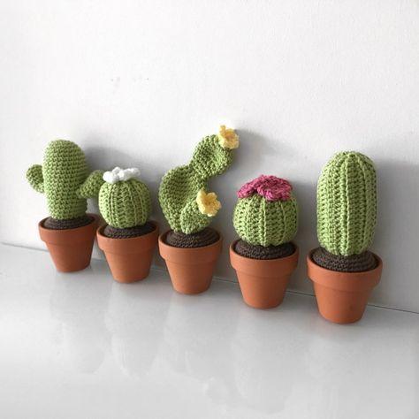 Crochet Cactus Series – Round Barrel Cactus