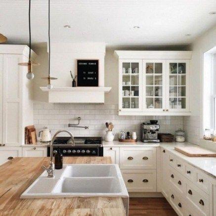 35 Genius Farmhouse Kitchen Decor For Your Style Homiku Com Farmhouse Kitchen Design Tiny House Kitchen Stylish Kitchen Decor