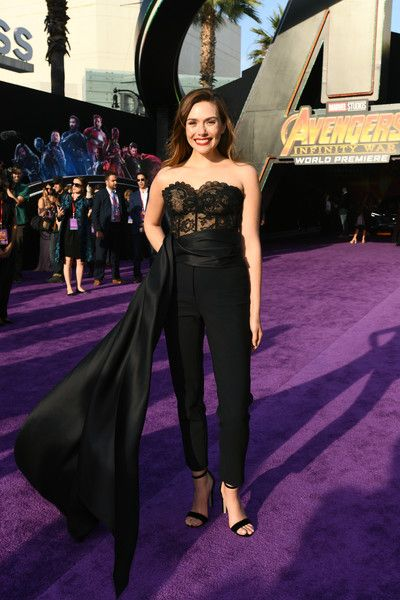 Elizabeth Olsen Photos Photos Premiere Of Disney And Marvel S Avengers Infinity War Red Carpet Elizabeth Olsen Elizabeth Olsen Scarlet Witch Olsen